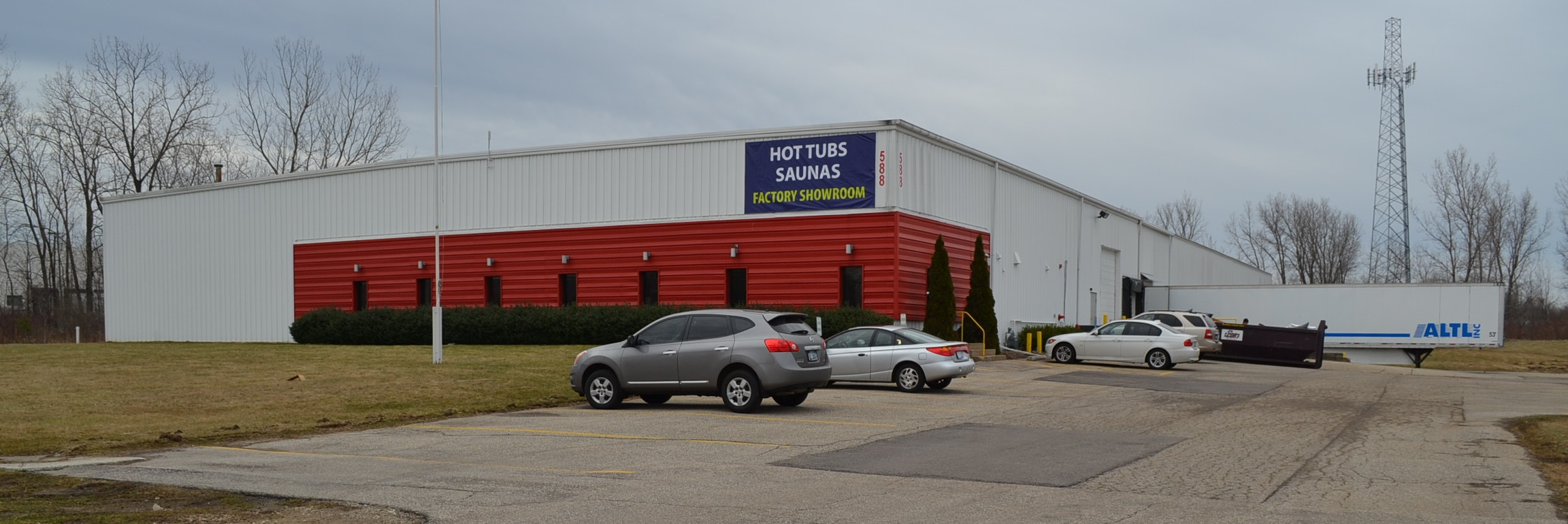 Passion Spas USA Factory Showroom exterior